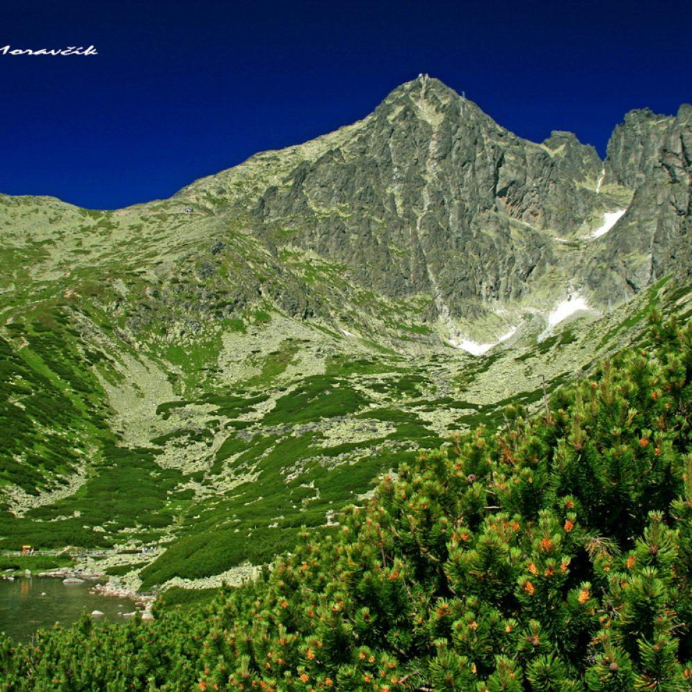 Peak Lomnický štít and tarn Skalnaté pleso in High Tatras mountains, Slovakia