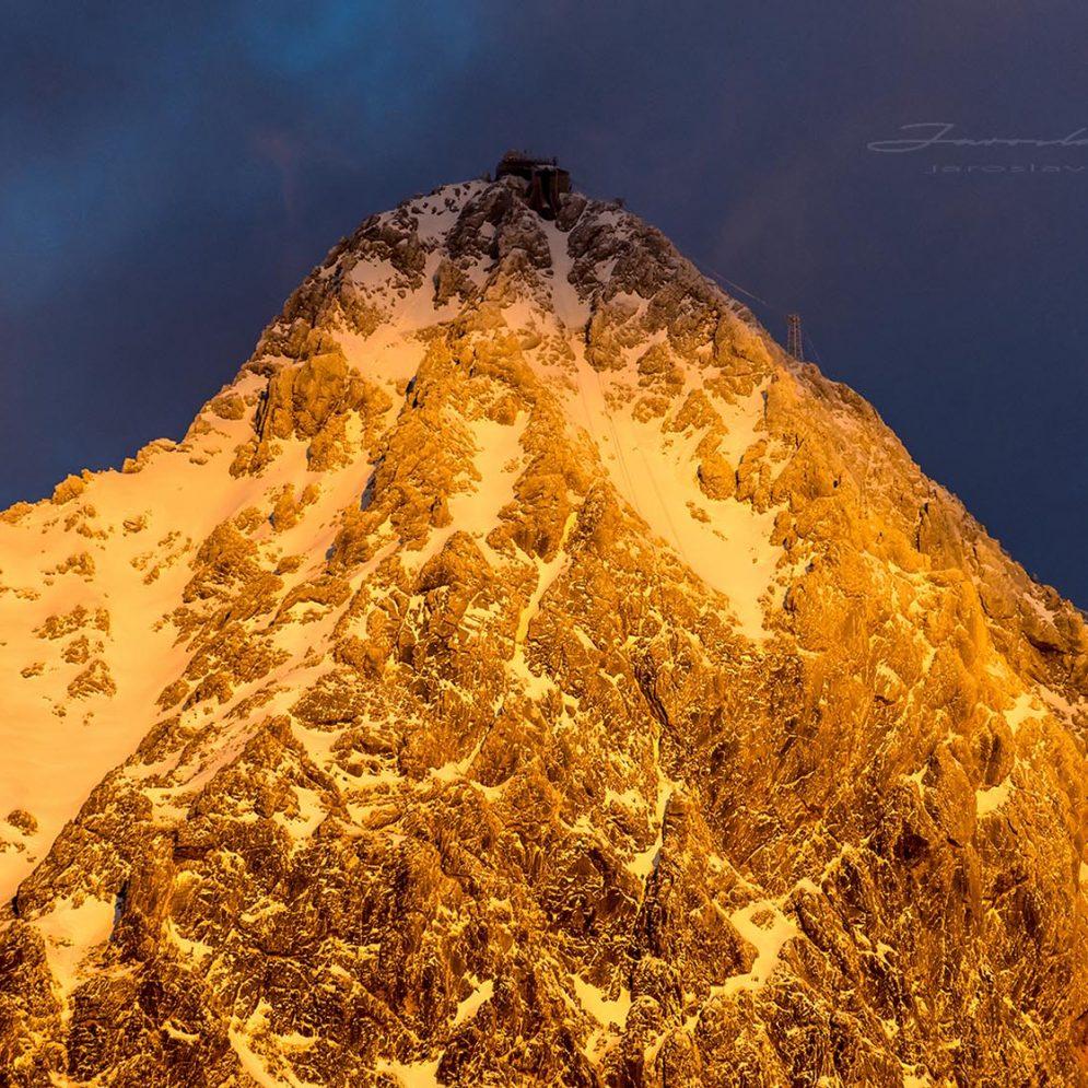 Peak Lomnický štít - sunset