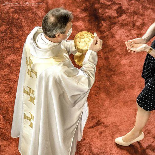 Korona eucharistia